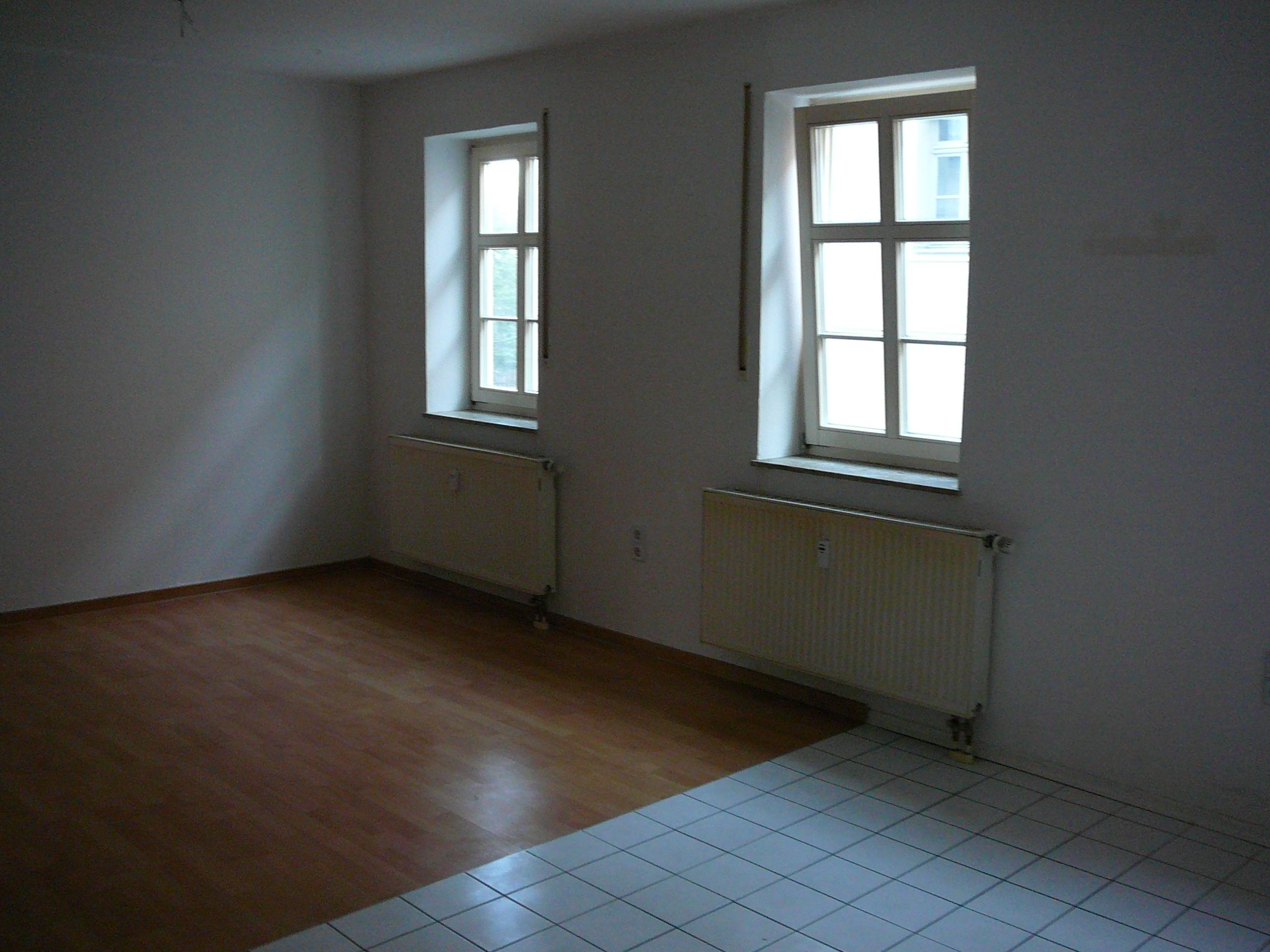 wohnzimmer mit k che kleine k che ma e mietvertrag zur nutzung berlassen l ndlich modern. Black Bedroom Furniture Sets. Home Design Ideas